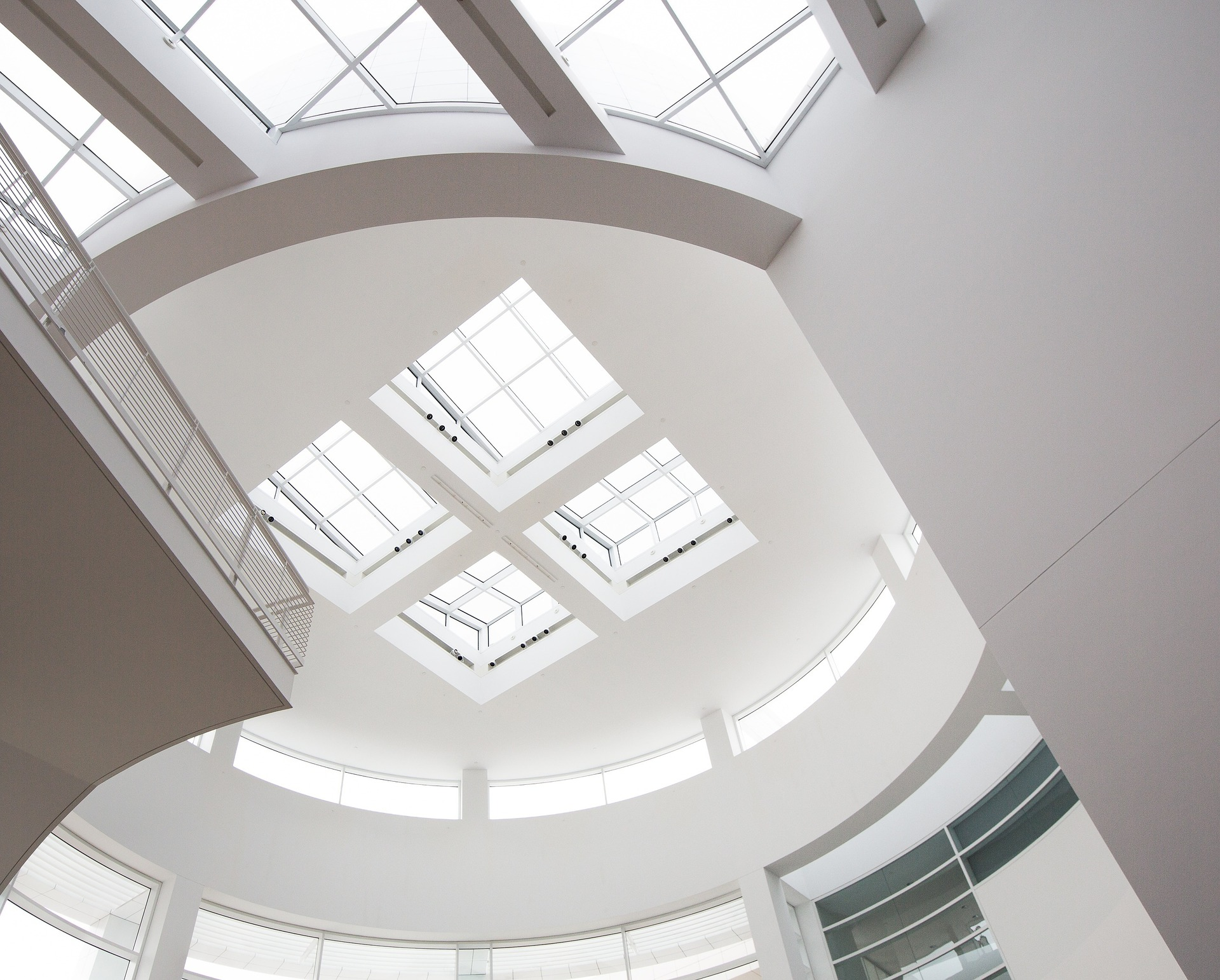 Pourquoi investir dans des travaux d'isolation acoustique du plafond